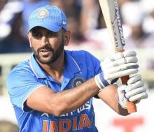 `Wonderful` Dhoni doesn't need to prove anything to anyone: Warne
