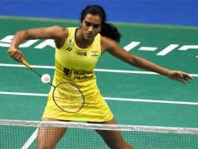 Saina bows out, Sindhu advances in Asian badminton C'ship