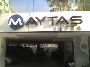 Maytas Infra to sell stakes in expressways