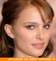 Natalie Portman receives 'Humanity Award' for social commitment