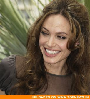 Angelina Jolie\x26#39;s desktop wallpaper favourite pastime- ... desktop wallpaper