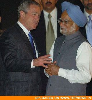 Indian Prime Minister Manmohan Singh and US President George W Bush
