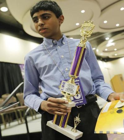 Indian-Americans Ansun sujoe, Sriram Hathwar are US Spelling Bee co-champs
