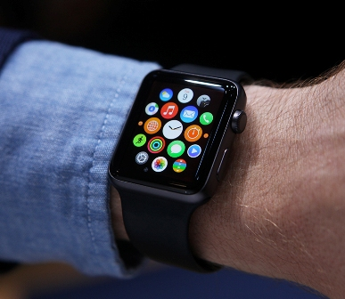 Apple unveils new watch at USD 299