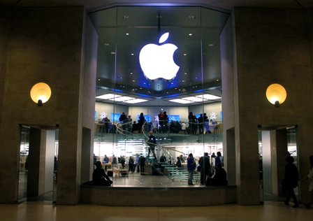 Apple to report its second-quarter results on Apr. 26