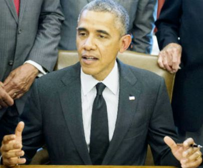Ask tough questions, don't dumb down news: Barack Obama to journos