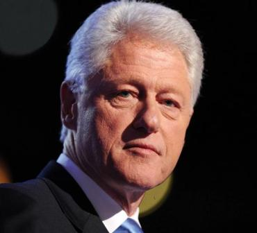 Bill Clinton taunts George W. Bush for not using Twitter
