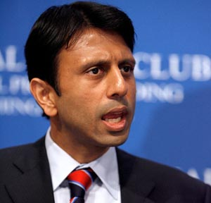 Bobby Jindal blasts Obama, helps Romney