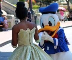 Disneyland's 'Donald Duck' accused of racial discrimination by black family