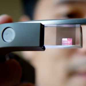 Google busts 'Top 10 Glass Myths' to make you love it