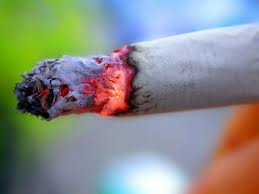 Heavy smoking more than doubles risk of fatal brain bleed