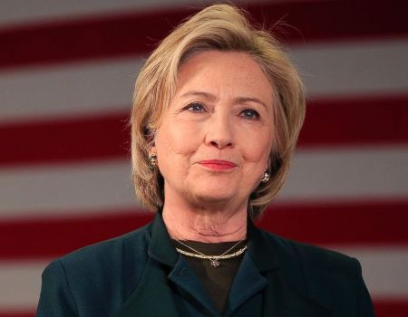 White House race begins: Hillary Clinton wins Dixville Notch midnight vote