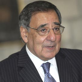 Panetta vows to rescue US hostages in Algeria