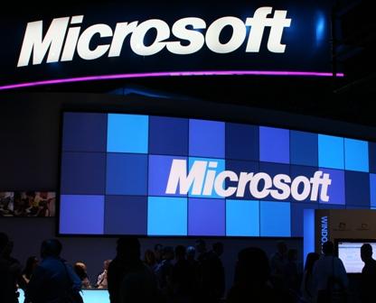 Microsoft shuts AI bot after twitteratti teaches it racism