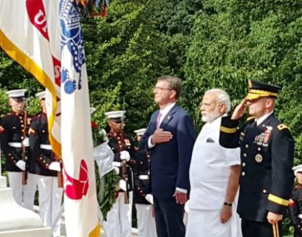 PM Modi lays wreath at Arlington National Cemetery in Washington