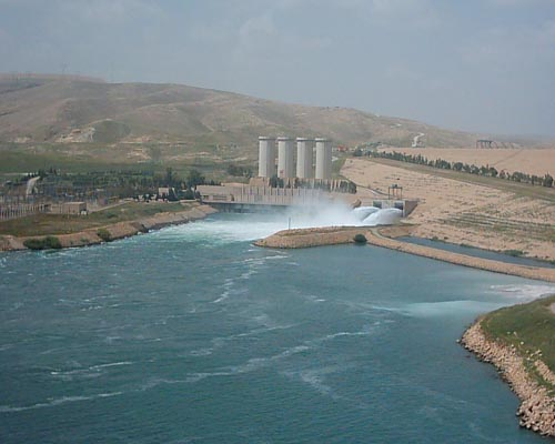 US military conducts airstrikes near Mosul Dam, Irbil