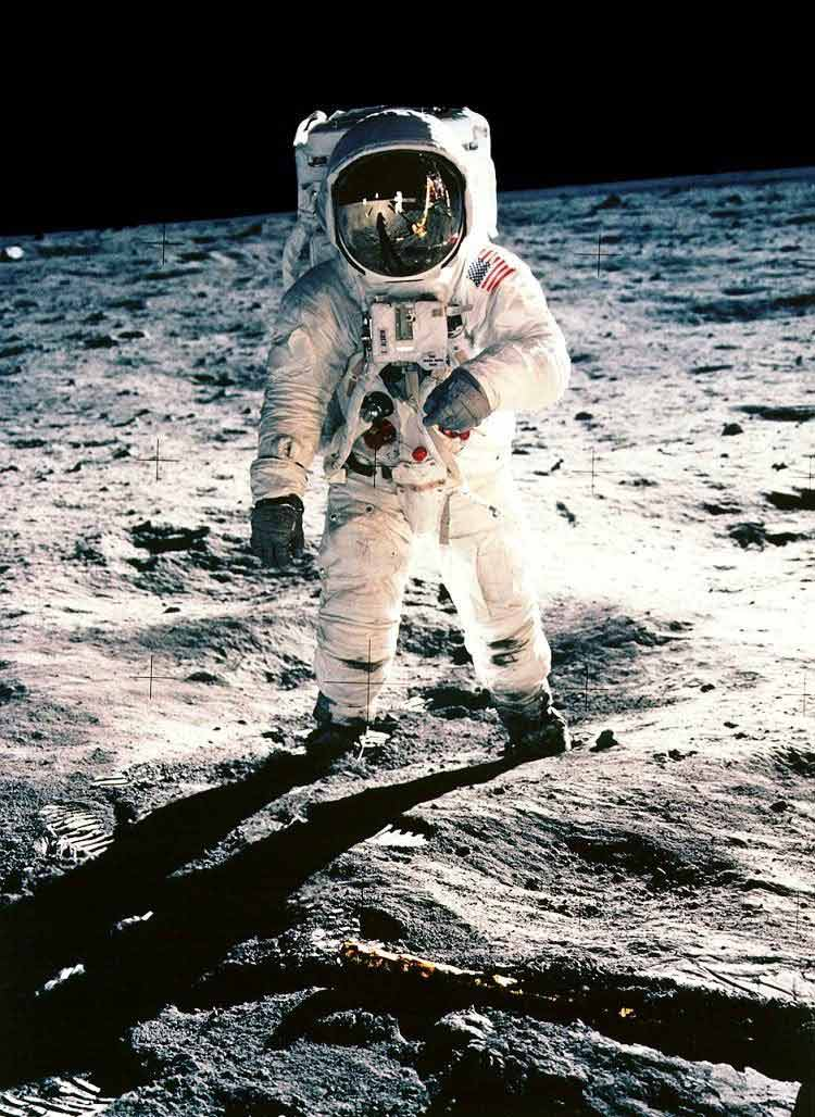 how old when he was on the moon neil armstrong stepped - photo #18