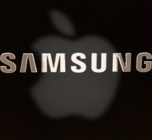 Samsung claims Apple leaked confidential documents in licensing row