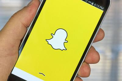 Snapchat debuts recording 'Spectacles,' changes company name