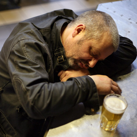 Sustained drinking may lead to early stroke: New study