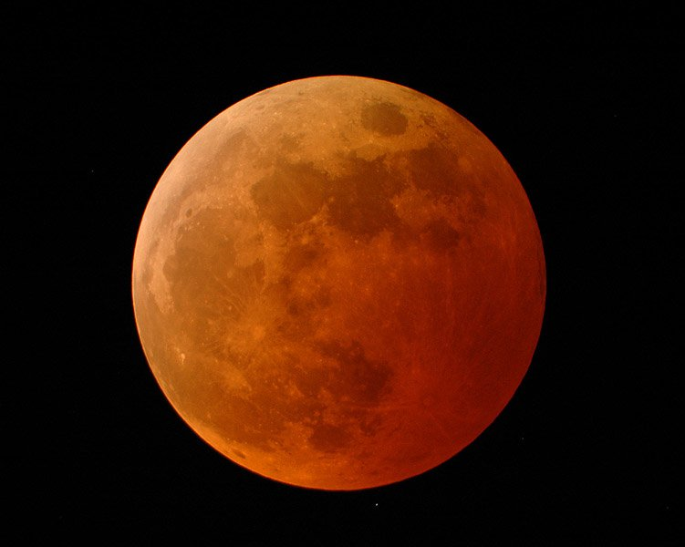 US to witness total lunar eclipse on April 15 before dawn