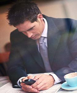 Tired in office? Turn off smartphone at night