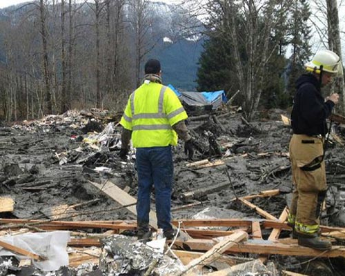 Over 100 missing in US mudslide