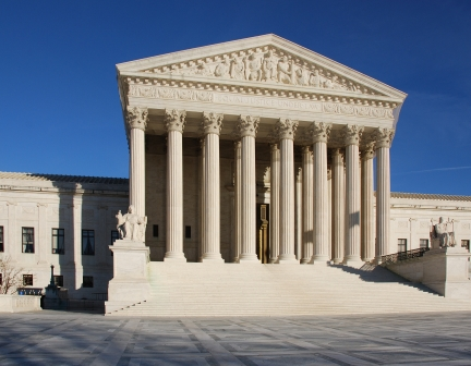 US Supreme Court blocks White House's immigration plan