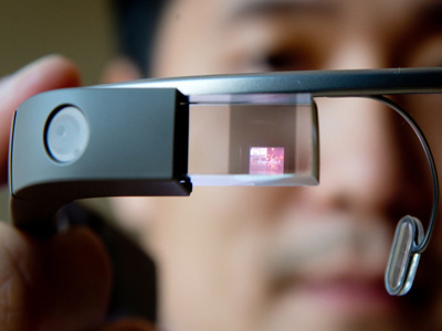 'Signglasses' to let deaf people see and feel