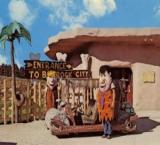Arizona 'Flintstones' theme park up for sale