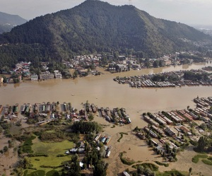 Kashmiri Americans offer telemedicine to flood victims in J&K