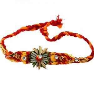 Hindu girls tie rakhis to police officers in Canadian town