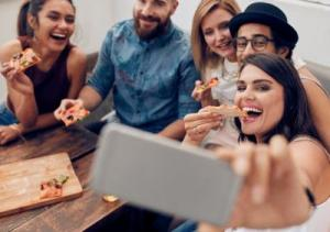 Narcissistic individuals use social media for self-promotion