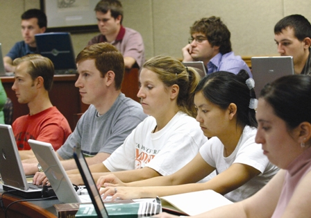 [Image: students-with-laptops.jpg]