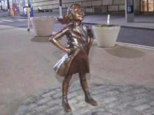 'Fearless Girl' statue to stay on Wall Street for another year