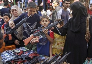 Iraq moves to ban toy guns to protect kids | TopNews