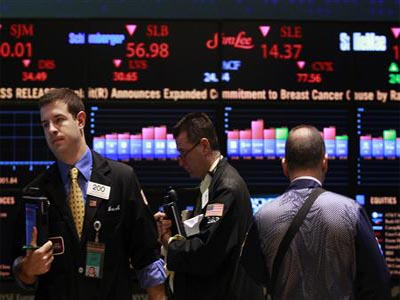 US stocks rise in midday trading