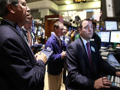 US stocks plummet as oil price jumps