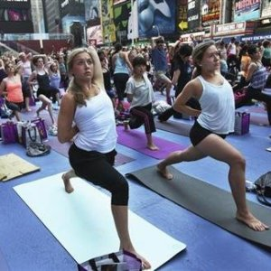 NYC woman sues yoga class after employee pleasures himself next to her